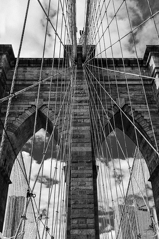 Brooklyn Bridge i Svartvitt.